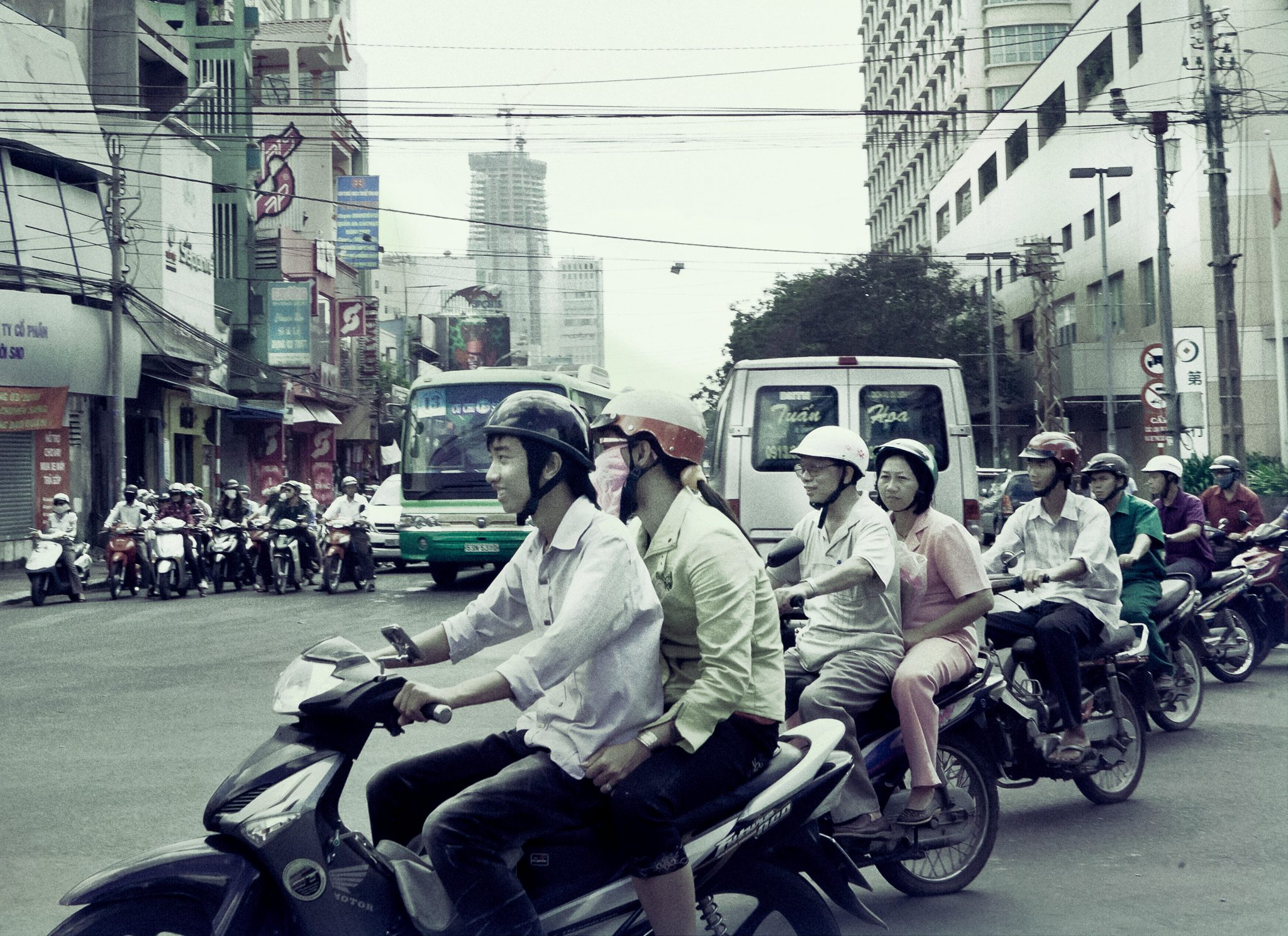 How to understand an American teacher in Ho Chi Minh City, Vietnam