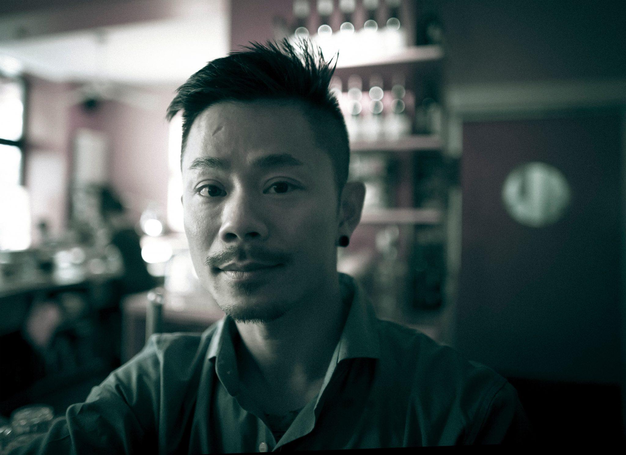 Bartender in Paris